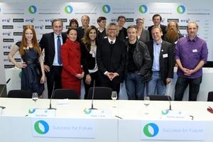 Die Jurymitglieder des Success for Future Award bei der Pressekonferenz im November in München
