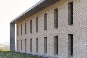 """Sieger Kategorie """"Büro und Gewerbebauten"""": Neubau Bauhof der Fa. Hansmann GmbH, Haslach (2008), Architekten: Harter + Kanzler  Freie Architekten BDA, Freiburg"""