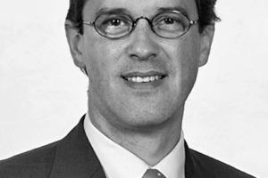 """<div class=""""autor_linie""""></div><div class=""""dachzeile"""">Autor</div><div class=""""autor_linie""""></div><div class=""""fliesstext_vita""""><span class=""""ueberschrift_hervorgehoben"""">Prof. Dr.-Ing. Philip Leistner</span> war von 1990–<br />1994 wissenschaftlicher Mitarbeiter an der TU Berlin, 1994 Dissertation. Seit 1995 ist er Mitarbeiter am Fraunhofer-Institut für Bauphysik, Stuttgart, 2001 wurde er Abteilungsleiter Bauakustik, seit 2005 ist er Abteilungsleiter Akustik. 2009 wurde er stellvertretender Institutsleiter. Seit 2007 ist Leistner Gastprofessor am Institute of Acoustics, Chinese Academy of Science, Peking. 2011 wurde er zum Professor für Akustik an die Universität Stuttgart berufen.</div><div class=""""autor_linie""""></div><div class=""""fliesstext_vita"""">Informationen: <a href=""""http://www.ibp.fraunhofer.de"""" target=""""_blank"""">www.ibp.fraunhofer.de</a></div>"""