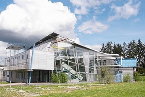 Das Visualisierungsinstitut der Universität Stuttgart (ehemals HYSOLAR-Haus) auf dem Campus in Stuttgart Vaihingen (1987-89)<br />