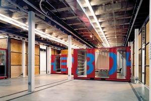 Ausbau der Bohen Foundation (Galerie für zeitgenössische Kunst) mit Überseecontainern