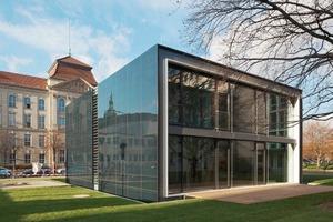 Versuchshaus auf dem Präsentierteller in Berlin: das Effizienzhaus Plus<br />