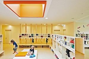 Die Garderobe ist der Eingangsbereich für das Kinder-Luftschloss