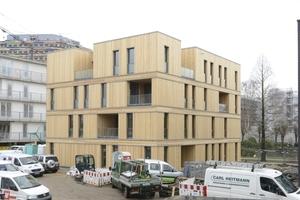 Inmitten der Bauausstellung in der Bauaustellung ist das CSH eines von vier Low Price Häusern
