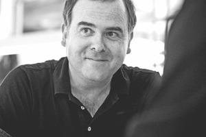Dietmar Feistel, Dipl.Ing. geboren in Bregenz<br />Studium an der Technischen Universität Wien<br />1996-2000 Lehrauftrag an der Technischen Universität Wien bei Will Alsop<br />seit 1998 Mitarbeit und Projektleitung bei Delugan Meissl ZT GmbH<br />seit 2004 Partner der Delugan Meissl Associated Architects<br />