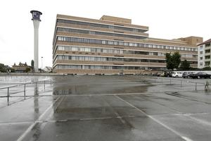 Die großen Parkplatzflächen werden demnächst bebaut werden, eine solche Panoramasicht ist dann Geschichte