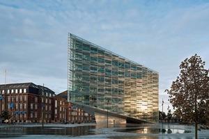Das freistehende Gebäude wurde für die Kundenbetreuung der Bank Nykredit errichtet dem größten dänischen Investors für Wohnbauprojekte, der sich auch als Bank etablieren wollte<br />