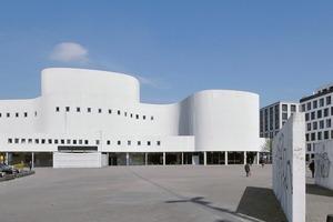 Düsseldorfer Schauspiel von Bernhard Pfau – ein Denkmal