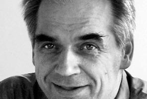 """<div class=""""fliesstext_vita""""><strong>Christian Huber Dipl. Ing. Architekt BDA</strong><br />geboren 1963 in Straubing<br />1983–1990Technische Universität München<br />1987–1988DAAD-Stipendium Polytechnic of the Southbank, London<br />1985–1986Prof. Gruben, LS für Baugeschichte, München<br />1988–1990Foster Associates, London<br />1990–1991Hentrich, Petschnigg &amp; Partner, München<br />1991–1993Rave, Krüger, Stankovic, Architektenarge, Berlin</div><div class=""""fliesstext_vita"""">seit 1994gemeinsames Büro mit Christian Huber<br />2002Aufnahme in den BDA</div><div class=""""fliesstext_vita""""></div><div class=""""fliesstext_vita""""></div><div class=""""fliesstext_vita"""">Projektleitung Umbau des Preußischen Landtags zum<br />Abgeordnetenhaus von Berlin<br /></div>"""