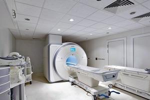 In der Radiologieabteilung des Osnabrücker Marienhospitals versorgen zwei X-CUBEs Patienten und Mitarbeiter mit jeweils 5 000 m³/h<br />