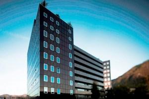 Foto: Enzian Tower Bozen, Glaswerke Arnold