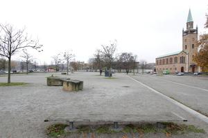 Bauplatz am Kulturforum. Im Hintergrund die Nationalgalerie, rechts die Matthäuskirche