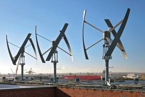 Wind-, Solar- und Erdenergie werden für den Heiz- und Kühlbedarf des Gebäudes verwendet. Dadurch können die natürlichen Schwankungen bei der solaren Stromproduktion im Tages- wie auch im Jahresverlauf kompensiert und die Effizienz erhöht werden