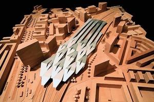 Holzmodell der Bahnhofsüberdachung