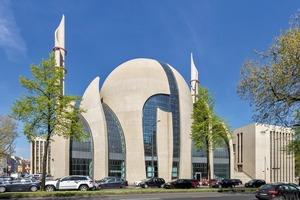 Bild 1: Islamisches Kulturzentrum mit Moschee, Köln