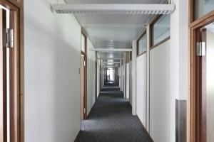 Büroflur im Pavillon Nr. 4