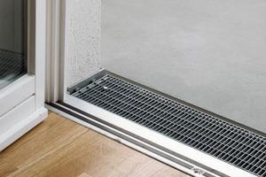 Schwellenfreier Übergang für Balkonplatte bei vorgesetzter Balkonkonstruktion mit Wärmedämmverbundsystem in der Ausführung<br />