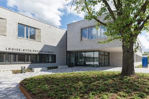 Die Louise-Otto-Peters-Schule in Hockenheim ist die erste Effizienzhaus Plus Schule in Deutschland (Architekten: Roth Architekten, Schwetzingen - www.architekten-roth.de)