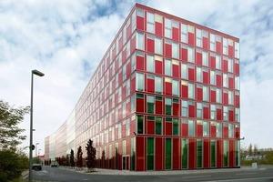 Eine Symbiose aus Architektur und Technik: das Bürogebäude Capricorn in Düsseldorf