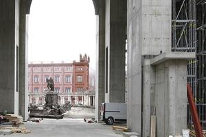 Aus dem Berliner Schloss geht der Blick auf zwei weitere Rekonstruktionen