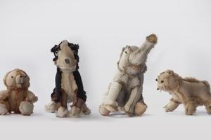1. Platz RecyclingDesignpreis 2012  Lea Gerber & Samuel Coendet, Zürich  Outsiders Plush Toy