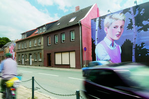 "Drive Thru Gallery Aschersleben, ""Changes"" (2007), Christopher Winter"