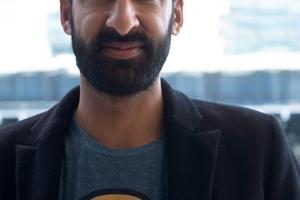 Asif Khan, einer der vier Architekten, die in diesem Jahr ein Summer House in Kensington Gardens planen sollen