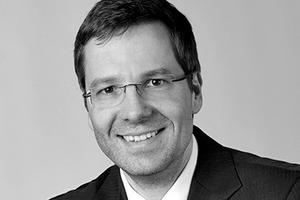 """<div class=""""fliesstext_vita""""><strong>Max Bögl Bauservice GmbH &amp; Co. KG</strong></div><div class=""""fliesstext_vita"""">Mario Bommersbach<strong> </strong></div><div class=""""fliesstext_vita""""></div><div class=""""fliesstext_vita"""">studierte Holzbau und Ausbau an der FH Rosenheim mit Abschluss im Jahr 2005. Eine zusätzliche Ausbildung zum Fachingenieur Fassade schloss er 2011 an der FH Augsburg ab. Er arbeitet seit 2008 bei Max Bögl im Bereich Fassadentechnik und begleitet die Produktentwicklung Architekturbeton Bögl.</div>"""