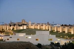 CONGRESS AND EXHIBITION CENTER OF ÁVILA  Ávila, Spanien  Architekt: Francisco Mangado
