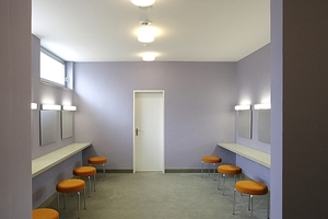 Schminkraum Frauen-WC