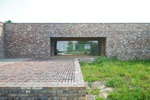 In der Ausstellung ist zu sehen: der Siza-Pavillon Insel Hombroich von Avaro Siza / Rudolf Finsterwalder, Stephanskirchen,...