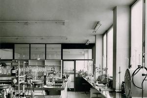 Laboratorium, Stand 1958
