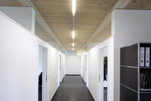 Büro- und Werkstattgebäude in Niederhummel
