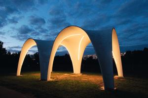 Referenzprojekt auf dem Sportplatz der  TU Chemnitz: Pavillon aus Carbonbeton