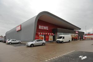 Rewe Supermarkt Erichshof - Grieshop Hamza Architekten
