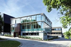 Die an diesem Forschungsbau arbeitenden Wissenschaftler erforschen das nachhaltige Bauen unter verschiedenen Aspekten
