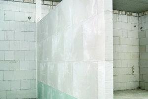 Gips-Wandbauplatte, massiv und leicht