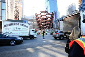"""Treppenskulptur oder schlicht Kunst am Bau? """"Vessel"""" von Thomas Heatherwick"""