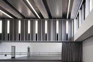 Das MAC bietet Platz für zwei Theater mit angegliedertem Auditorium (oben), drei Kunstgalerien, ein Tanzstudio (oben rechts), acht Räume für Workshops und Kurse sowie ein Café und eine Bar<br />
