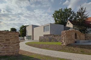"""sowie das """"Museum Luthers Sterbehaus"""" von VON M, Stuttgart"""