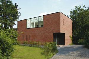 """3. Platz Gesamtsieger<br />Sieger Kategorie """"Einfamilienhaus/Doppelhaushälfte""""<br /><br />Projekt: Haus im Geistviertel, Münster<br />Baujahr: 2007<br />Architekt: hehnpohl architektur, Münster"""