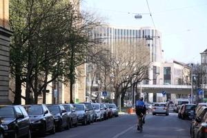 Das Gerber-Viertel zeigt sich wenig versöhnlich mit seiner Umgebung: Der Maßstabssprung ist gwaltig