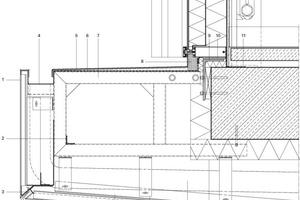 Legende Fassadendetail<br />&nbsp;<br />&nbsp;<br />1Aluminium-Verbundplatten-Kassette<br />2Aussteifungswinkel, umlaufend<br />3Sonder-Unterkonstruktion zur Ausbildung der<br /> Gehrungsecke aus Aluminiumkantteilen<br />4Entwässerungsrinne, beheizt<br />5Aluminium-Verbundplatten mit 6Stahlblech, gekantete Abwicklung, sendzimiertverzinkt<br />7Verschweißte Rohrbügelonstruktion aus Stahlrohren, Edelstahl<br />8Füllstück<br />9Stahlwinkel mit angeschweißten Steckrohren zur Aufnahme des<br /> Rohrbügels für die Aussenbekleidung<br />10&nbsp;&nbsp;&nbsp; Flachprofil zur Unterstützung des ertüchtigteren unteren Ringprofils<br />11&nbsp;&nbsp;&nbsp; EPDM-Folie, dampfdiffusionsdicht<br />12&nbsp;&nbsp;&nbsp; System-Unterkonstruktion für Horizontalverlegung<br />13&nbsp;&nbsp;&nbsp; Abhängung<br />14&nbsp;&nbsp;&nbsp; Entwässerungsrohr, gedämmt und beheizt<br />15&nbsp;&nbsp;&nbsp; Dämmung, Mineralwolle, vlieskaschiert hydrophobiert<br />