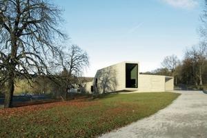 Besucherzentrum mit Panoramafenster Richtung Herkules<br />