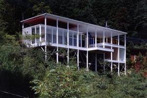 House of Double-Roof, 1993, Yamanashi, Japan