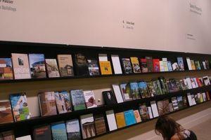 """""""Sonnige Aussichten. Grüne Architektur heute!""""eine (demnächst Wander)Ausstellung der Buchmesse mit geringem Zuspruch"""