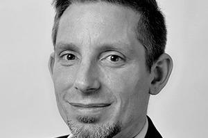 """<div class=""""fliesstext_vita""""><span class=""""ueberschrift_hervorgehoben"""">Dipl.-Bauing. Markus Blau </span>studierte Bauingenieurwesen an der TH Karlsruhe. Im Anschluss war er als Technischer Berater eines Farben- und Putze-Herstellers in Ettlingen tätig. Er erwarb Zusatzqualifikationen als VWA Energieberater und Dekra-zertifizierter """"Wärmebrücken-Nachweisführender nach DIN EN 10211 und DIN 4108-2/Beiblatt 2"""". Seit 2014 ist Markus Blau Technischer Produktbetreuer bei der INTHERMO GmbH.</div><div class=""""autor_linie""""></div><div class=""""fliesstext_vita"""">Mehr Informationen: <a href=""""http://www.inthermo.de"""" target=""""_blank"""">www.inthermo.de</a></div>"""