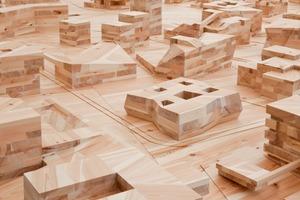 Ai Weiwei, Modell des Gesamtplans von Ai Weiwei / FAKE Design (2008), in das die Modelle der ORDOS 100-Architekten im Maßstab 1:500 eingesetzt wurden.<br />