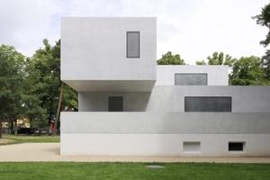 Jüngste Bauhausgeschichte: die wiederhergestellten Meisterhäuser. Hier das Direktorenhaus. Architekten heute: <br />Bruno Fioretti Marquez Architekten, Berlin<br />