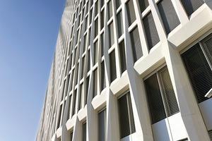 Für 10000 m² Fassadenfläche wurden im Betonwerk die Fertigteilelemente hergestellt